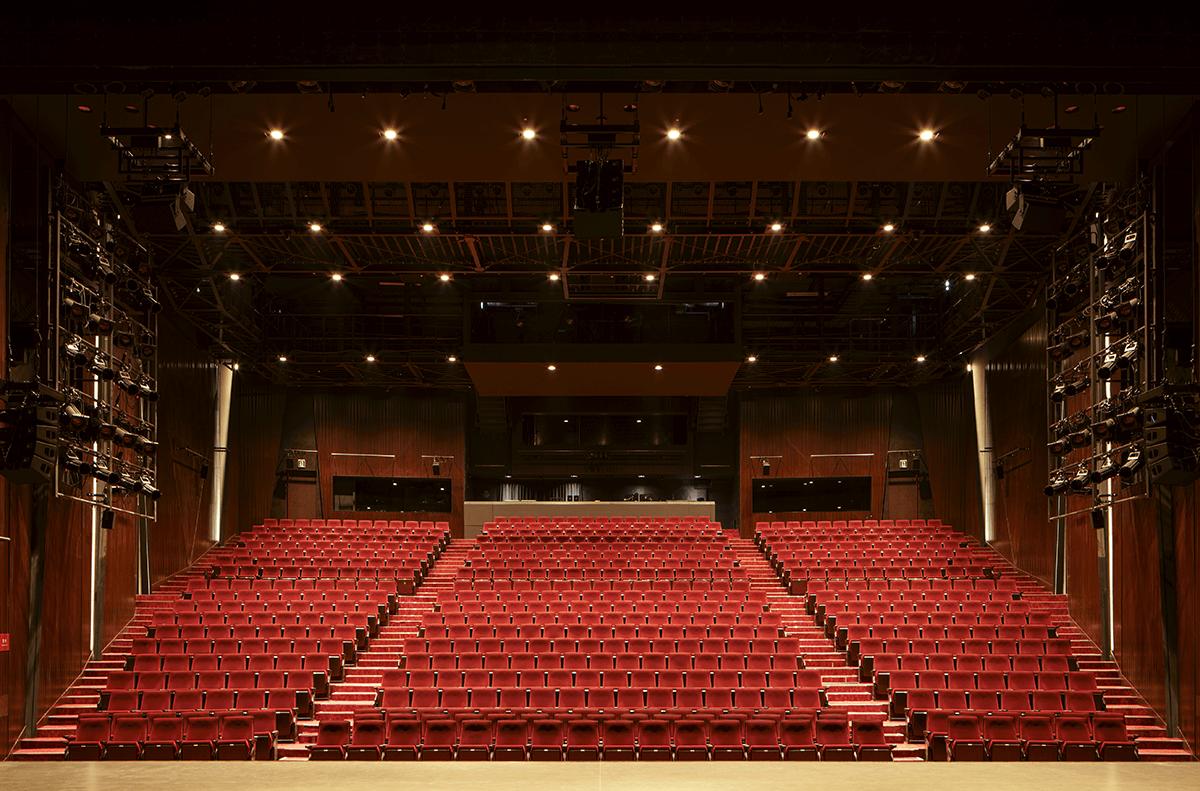 パルコ 劇場 座席